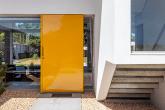 Qual é o melhor material para a porta de entrada?