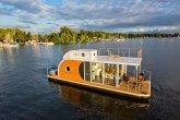 Casa barco: 8 modelos provam que é possível morar com conforto